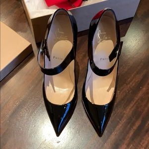 Authentic Christian Louboutin Neo Pensee 120